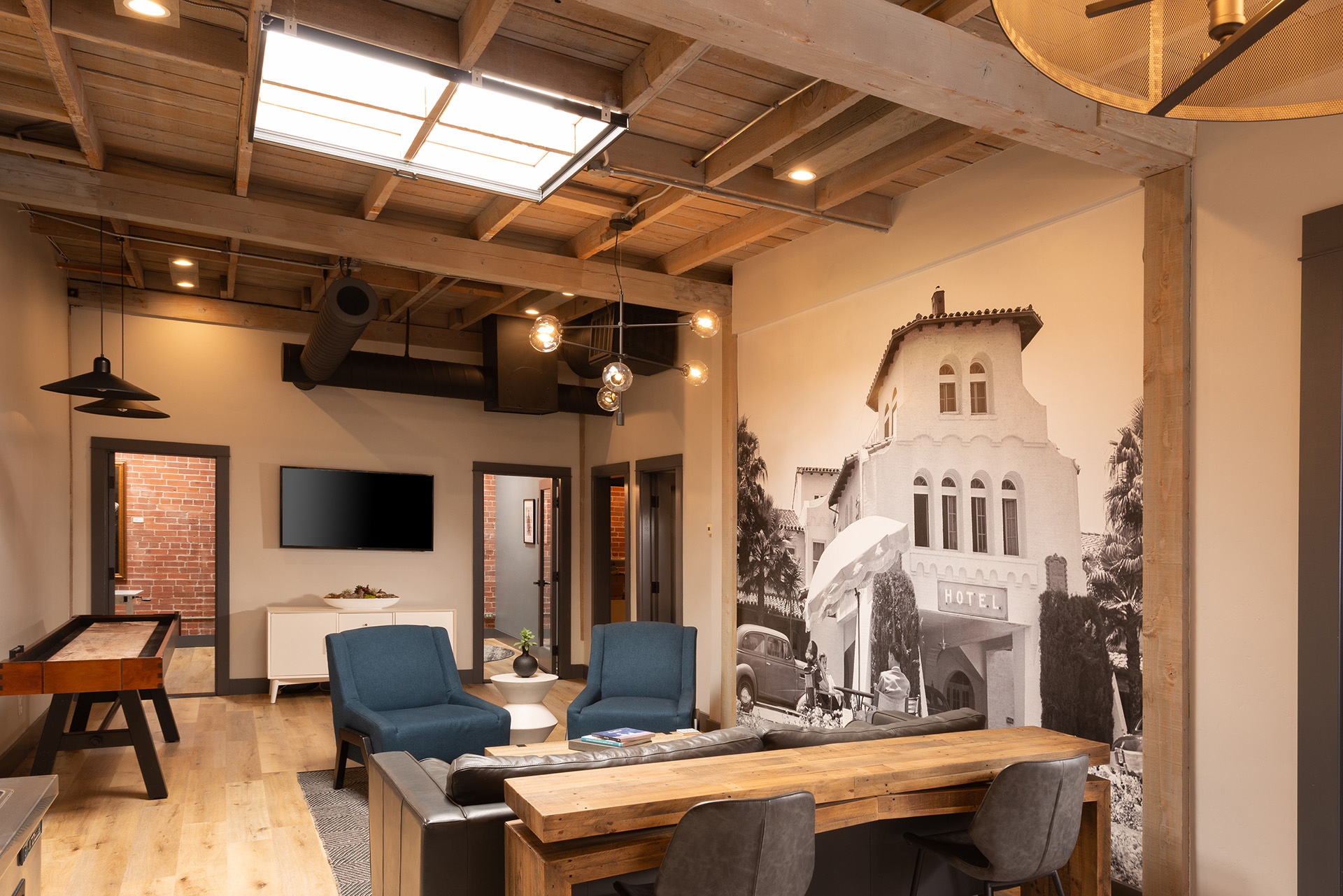 AZUL South Office seating area with mural