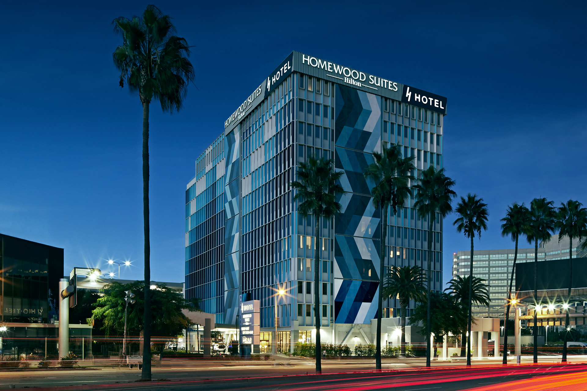 H Hotel Los Angeles, Curio Collection by Hilton exterior